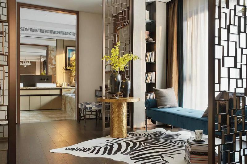 北京纯铜装饰,铜垭口门套,铜屏风,铜踢脚线厂家